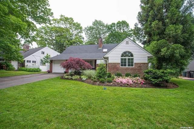 10 Copper Beech Place, Merrick, NY 11566 (MLS #3317360) :: Carollo Real Estate