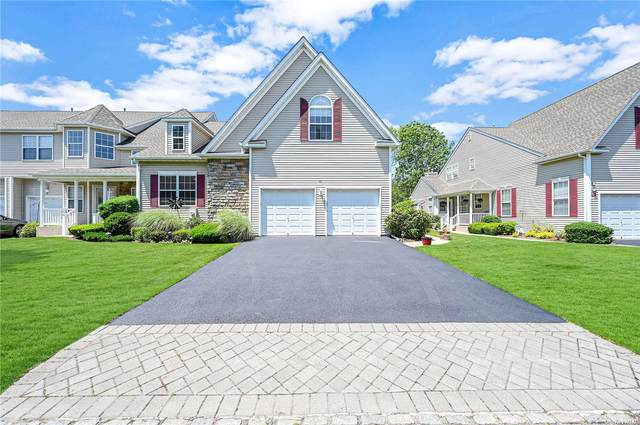 45 Meadow Pond Circle #45, Miller Place, NY 11764 (MLS #3319183) :: Shalini Schetty Team