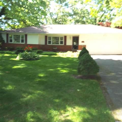 81 Fischer Avenue, Islip Terrace, NY 11752 (MLS #3322893) :: Mark Seiden Real Estate Team
