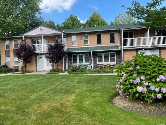 136 Artist Lake Drive #136, Middle Island, NY 11953 (MLS #3330364) :: Carollo Real Estate