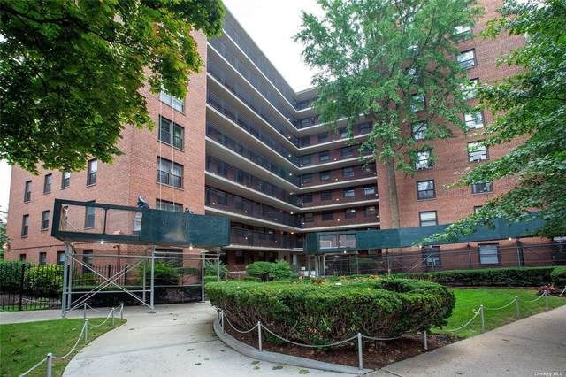 35-11 85 Street 1 H, Jackson Heights, NY 11372 (MLS #3341008) :: Cronin & Company Real Estate