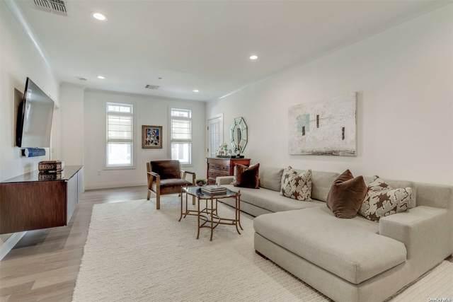 33103 Spruce Pond #453, Plainview, NY 11803 (MLS #3343260) :: Goldstar Premier Properties