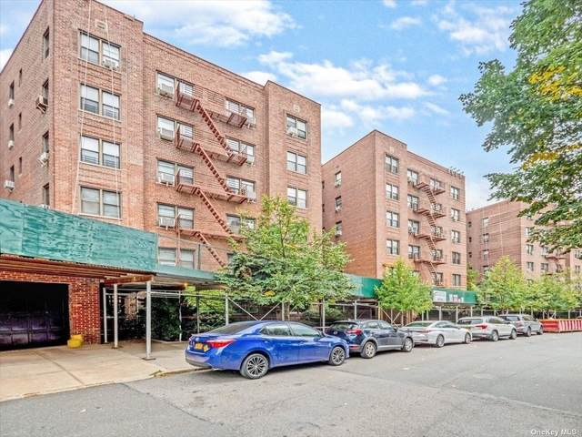 67-87 Booth St. 4F, Forest Hills, NY 11375 (MLS #3348605) :: Cronin & Company Real Estate