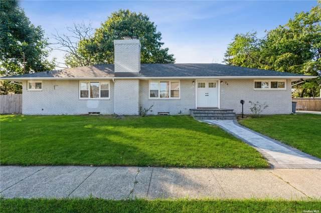74 Cumberland Street, Rockville Centre, NY 11570 (MLS #3352077) :: Signature Premier Properties