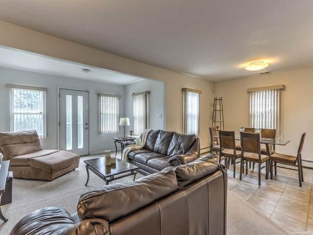 3 Wellington Avenue, Dix Hills, NY 11746 (MLS #3352085) :: Signature Premier Properties