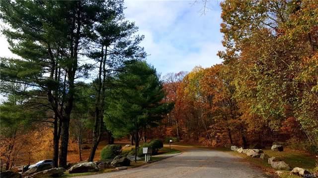 611 Fox Run Lane, Carmel, NY 10512 (MLS #5117133) :: Mark Seiden Real Estate Team