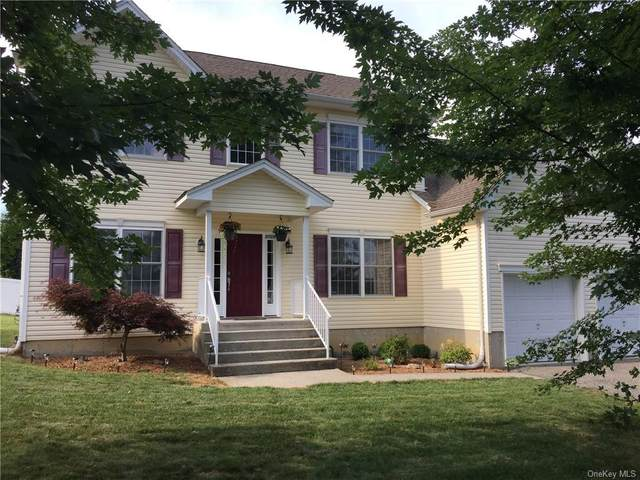 2726 Colonial Drive, New Windsor, NY 12553 (MLS #H6056301) :: Frank Schiavone with William Raveis Real Estate