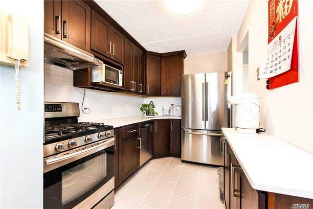 35-20 147th Street Ph1c, Flushing, NY 11354 (MLS #3253311) :: The McGovern Caplicki Team