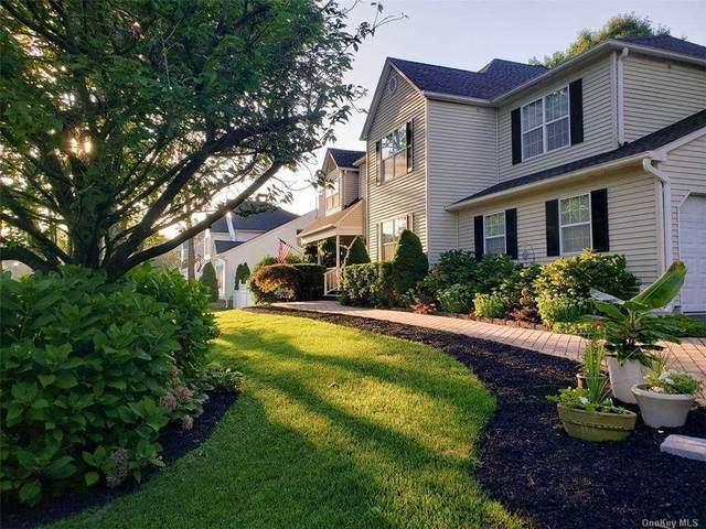 4 Kimberly Court, Manorville, NY 11949 (MLS #3289090) :: William Raveis Baer & McIntosh
