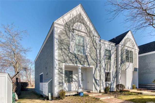 160 5th Street #34, Greenport, NY 11944 (MLS #3295393) :: Barbara Carter Team