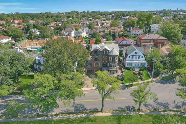 32 Boulevard, Malba, NY 11357 (MLS #3324232) :: Carollo Real Estate
