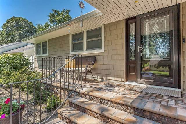 4 Stillman Road, Glen Cove, NY 11542 (MLS #3332898) :: Cronin & Company Real Estate