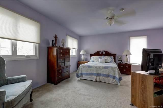 63 Village Green, Bardonia, NY 10954 (MLS #H6066097) :: Mark Seiden Real Estate Team