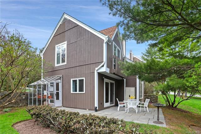 4 Hillside Place, Chappaqua, NY 10514 (MLS #H6108258) :: Carollo Real Estate