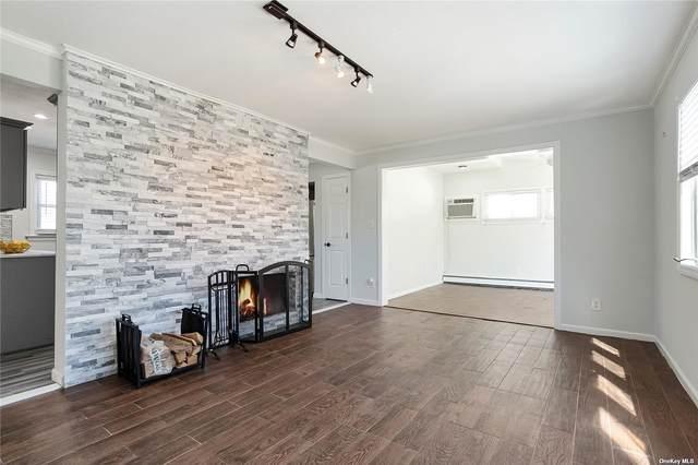 39 W Cabot Lane, Westbury, NY 11590 (MLS #3299552) :: Goldstar Premier Properties