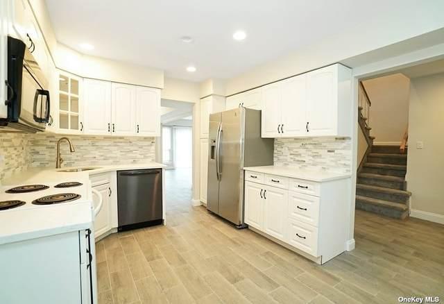 65 Manors Drive #65, Jericho, NY 11753 (MLS #3304764) :: RE/MAX RoNIN