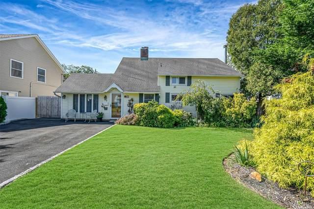 94 Hardy Lane, Westbury, NY 11590 (MLS #3335835) :: Cronin & Company Real Estate