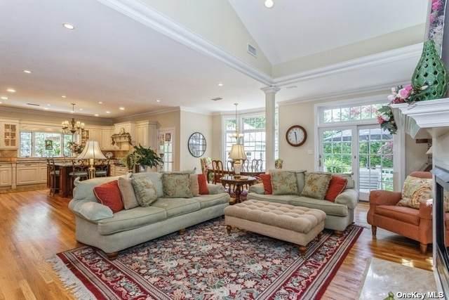 19 Hill Street, Floral Park, NY 11001 (MLS #3312157) :: Cronin & Company Real Estate