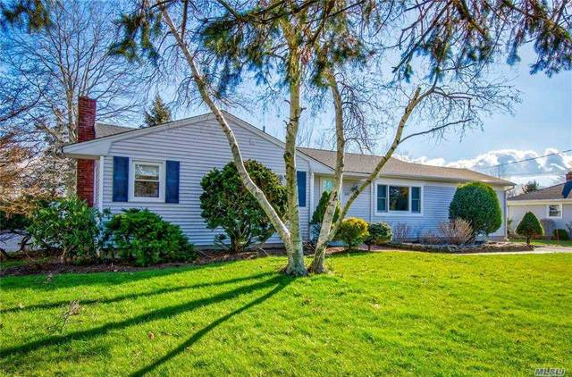 660 Schoolhouse Road, Cutchogue, NY 11935 (MLS #3267136) :: Mark Boyland Real Estate Team