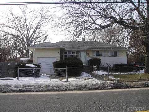 1678 Brentwood Road - Photo 1