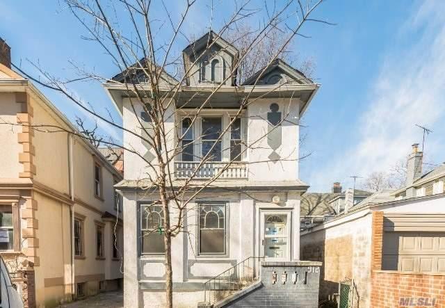 912 E 15th Street, Brooklyn, NY 11230 (MLS #3109372) :: Mark Boyland Real Estate Team