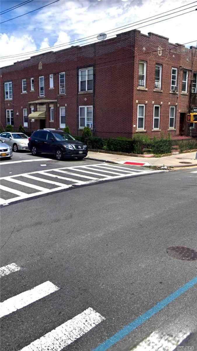 1401 Avenue Y - Photo 1
