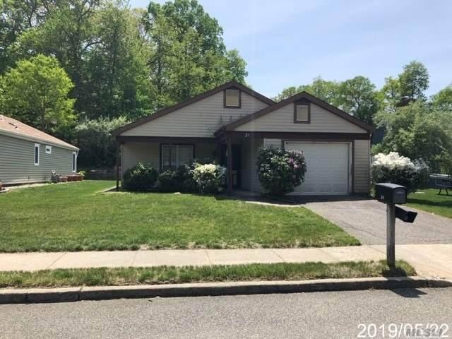 21 Kingston Drive, Ridge, NY 11961 (MLS #3136144) :: Mark Seiden Real Estate Team