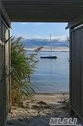 7 Yacht Club - Photo 1