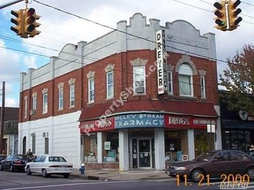 196 Rockaway, Valley Stream, NY 11580 (MLS #3181661) :: Kevin Kalyan Realty, Inc.