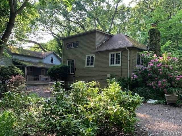 31 Mariners Court, Centerport, NY 11721 (MLS #3188877) :: Signature Premier Properties