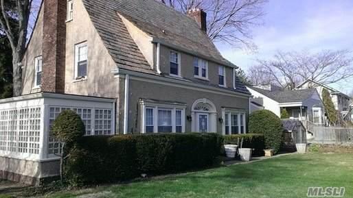 180 Forest, Locust Valley, NY 11560 (MLS #3191983) :: Signature Premier Properties