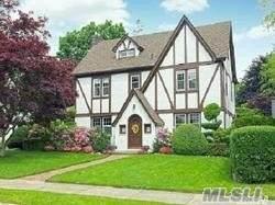 61 Garden Street, Garden City, NY 11530 (MLS #3192348) :: Signature Premier Properties