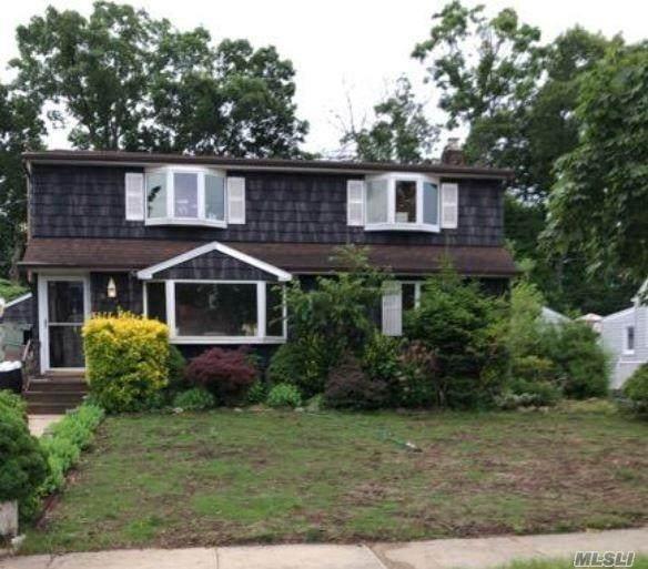 988 Southern Drive, Franklin Square, NY 11010 (MLS #3203541) :: Mark Boyland Real Estate Team
