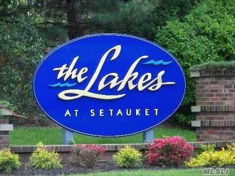 244 Erik Drive, E. Setauket, NY 11733 (MLS #3210113) :: Keller Williams Points North