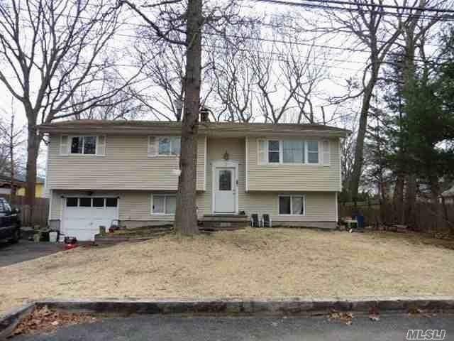 27 Orienta Avenue, Lake Grove, NY 11755 (MLS #3210149) :: Keller Williams Points North