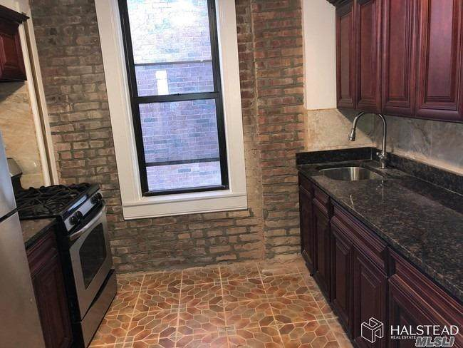 545 Brooklyn Avenue - Photo 1