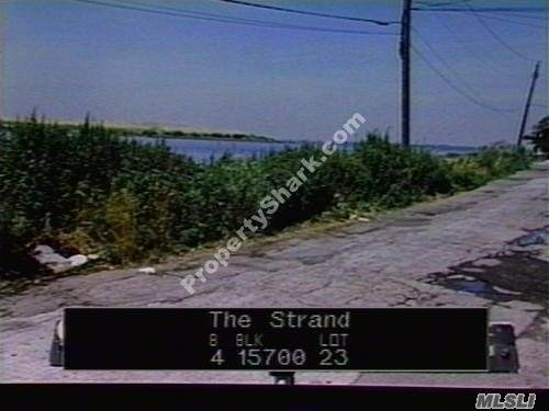 The Strand - Photo 1