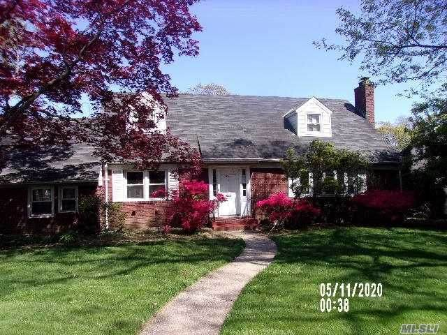 275 Long Beach Rd, Hempstead, NY 11550 (MLS #3216921) :: RE/MAX Edge