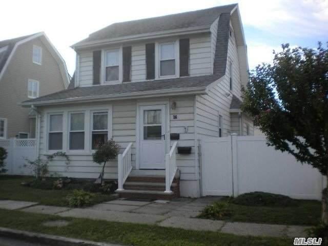 16 Evergreen, Lindenhurst, NY 11757 (MLS #3217190) :: Cronin & Company Real Estate