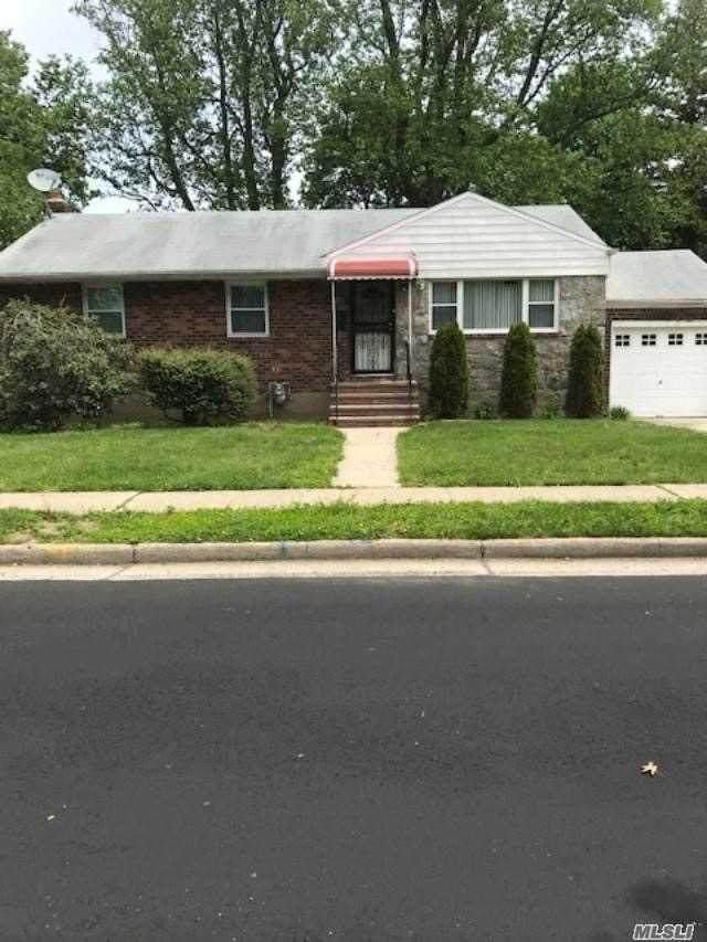 52 Fairview Blvd, Hempstead, NY 11550 (MLS #3218999) :: Signature Premier Properties