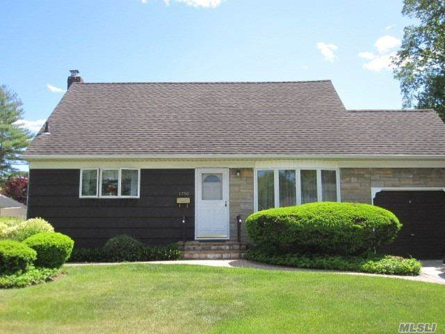 1750 Midland Dr, East Meadow, NY 11554 (MLS #3219130) :: William Raveis Legends Realty Group
