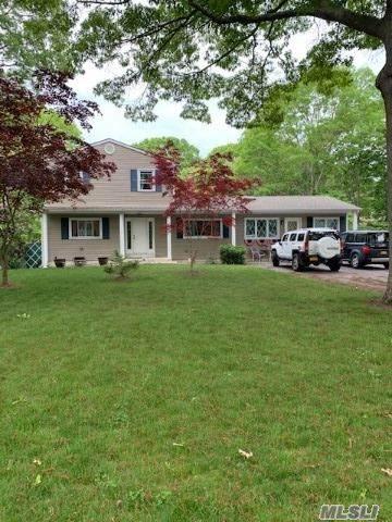 48 Roberts, Shirley, NY 11967 (MLS #3219293) :: Mark Seiden Real Estate Team