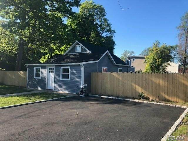 50 Lake Dr, Wyandanch, NY 11798 (MLS #3219550) :: Mark Boyland Real Estate Team