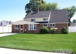 174 Scooter Lane, Hicksville, NY 11801 (MLS #3220042) :: William Raveis Legends Realty Group