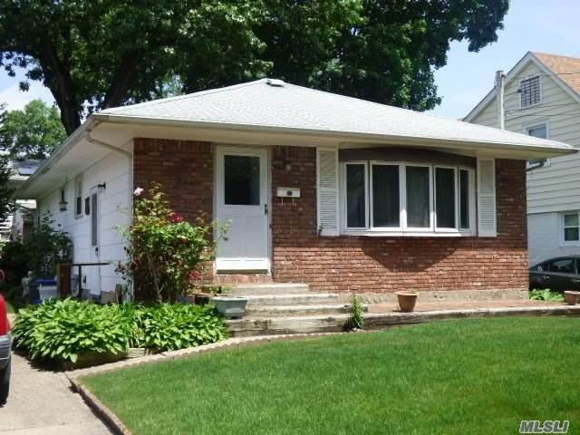 849 Linden Ave, N. Baldwin, NY 11510 (MLS #3220909) :: William Raveis Legends Realty Group