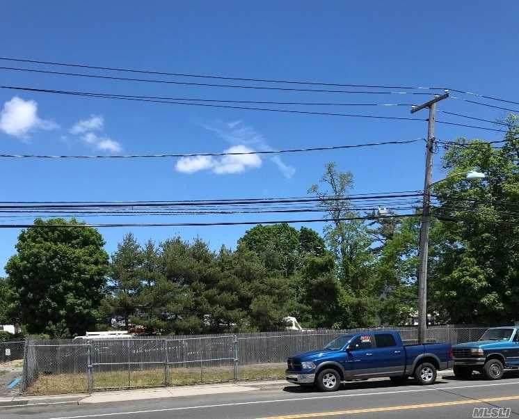 1157 Suffolk Avenue - Photo 1