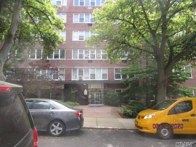 87-15 165th Street 4E, Jamaica, NY 11432 (MLS #3226963) :: Nicole Burke, MBA | Charles Rutenberg Realty