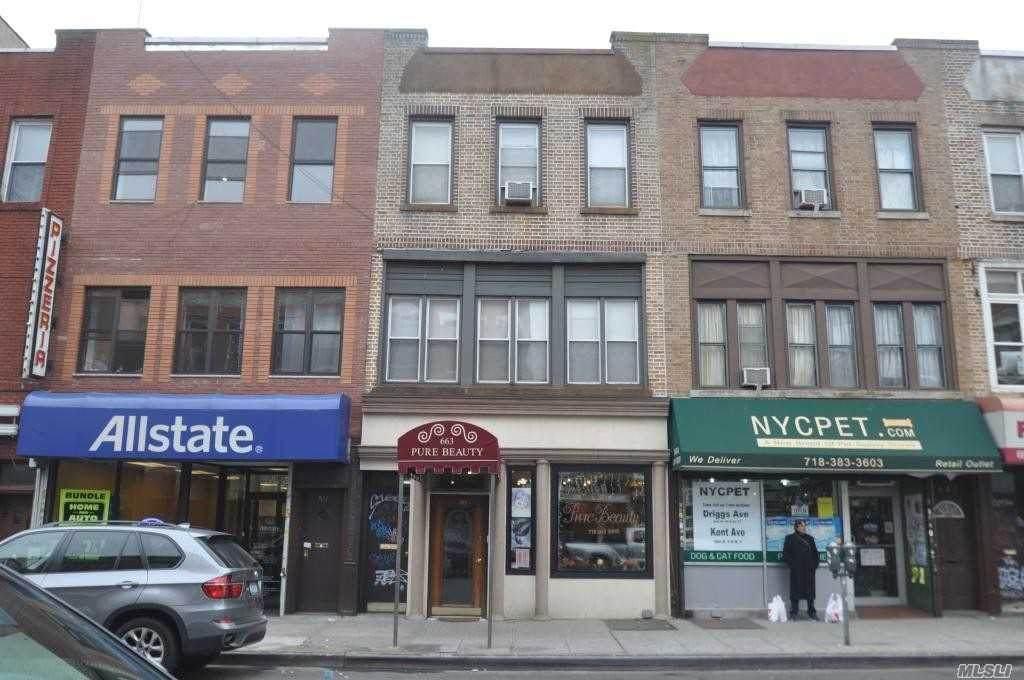 663 Manhattan Avenue - Photo 1