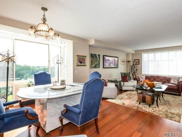 111 Cherry Valley Avenue 910W, Garden City, NY 11530 (MLS #3228496) :: Signature Premier Properties