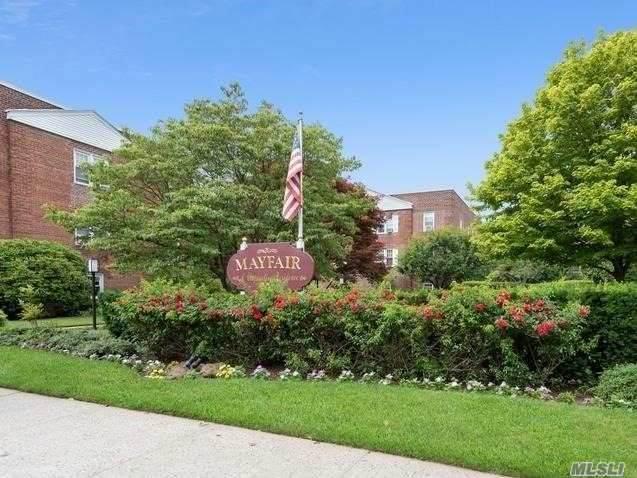 200 N Village Avenue B2, Rockville Centre, NY 11570 (MLS #3229434) :: Kevin Kalyan Realty, Inc.